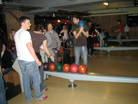 cognight_bowling2