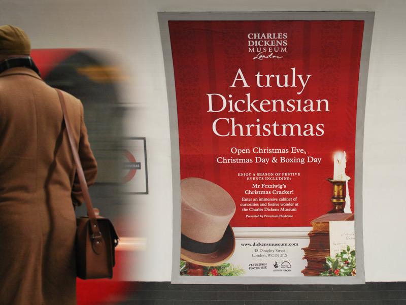 Dickens_Museum_Xmas_cross-track