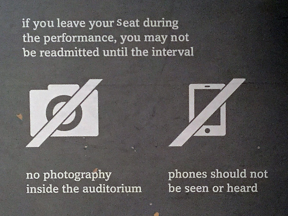 no_photography_sign