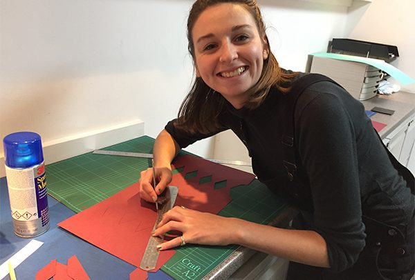 christmas_anna_cutting