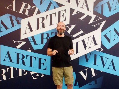 Biennale_Michael_Viva_Art_sign_smaller