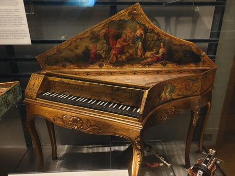 Horniman_Music_harpsichord