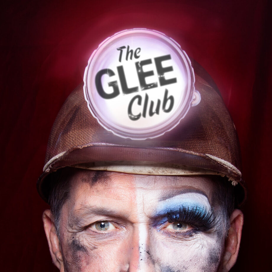 Glee-Club_-Makeup_type_sqaure