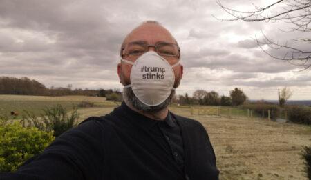 02_Apr_20_trump_stinks
