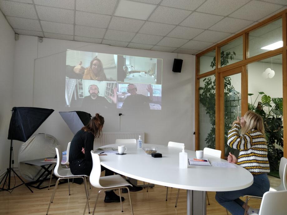 13_Oct_20_meeting_room