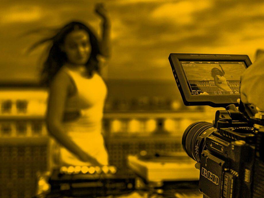 Video_hosting_featured_rene-ranisch-unsplash