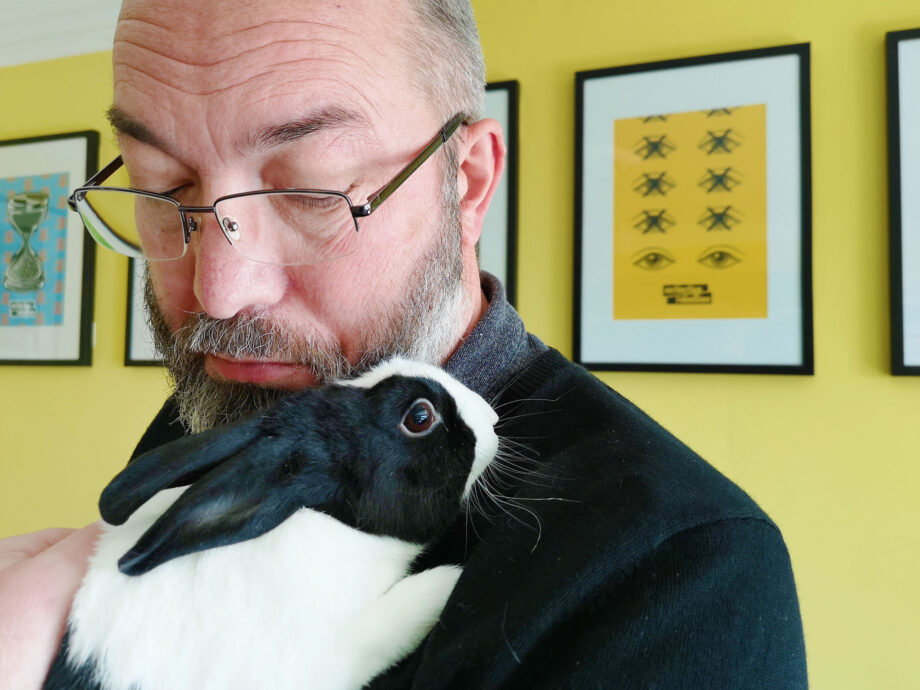 23_Apr_21_Bunny_hugger